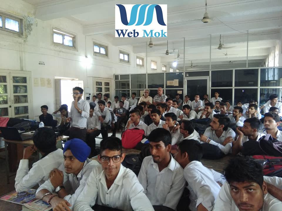 Webmok1